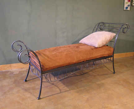 Metal-mini-bed